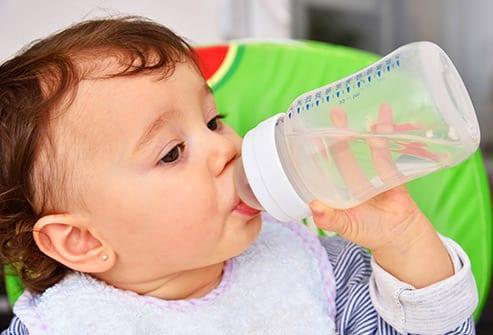 เด็กทารกดื่มได้ไหม