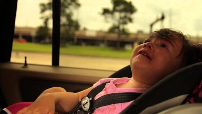 ลืมเด็กไว้ในรถ