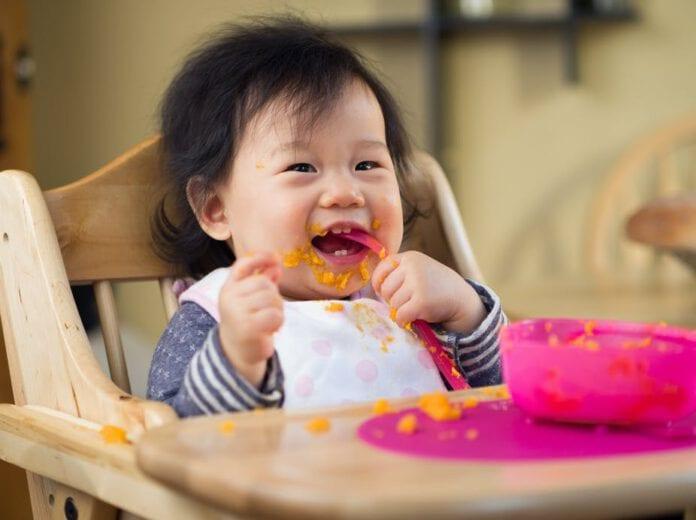 อาหารที่ควรหลีกเลี่ยงสำหรับทารกอายุต่ำกว่า 1 ปี